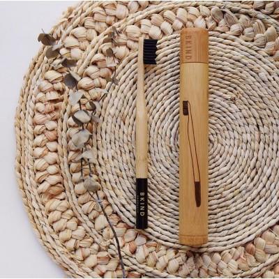 Étui de transport pour brosse à dents en bambou