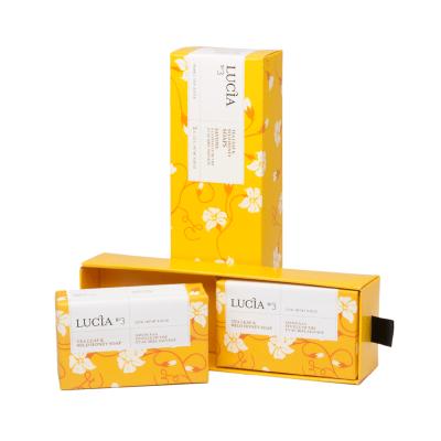 Ensemble cadeau Lucia N°3 Savons à la feuille de thé et au miel sauvage (2x123g)
